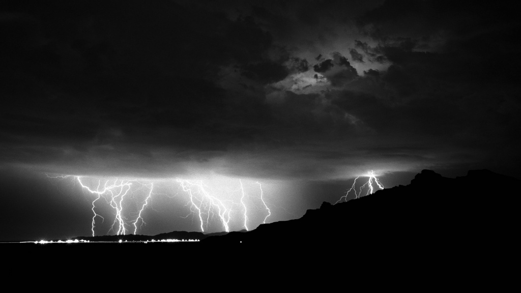 Lightnings HD Wallpaper