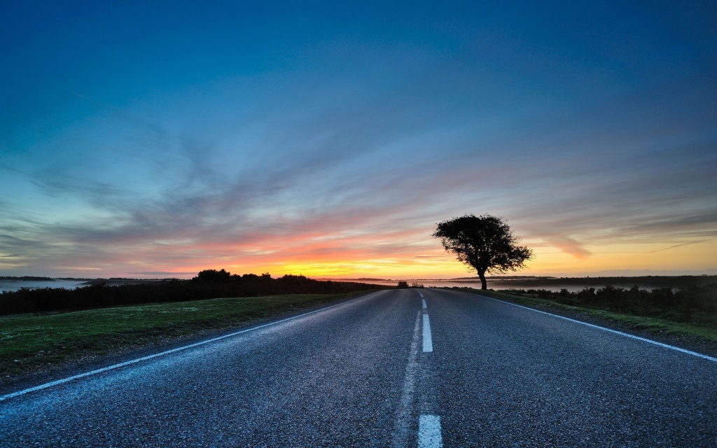 Road HD Wallpaper