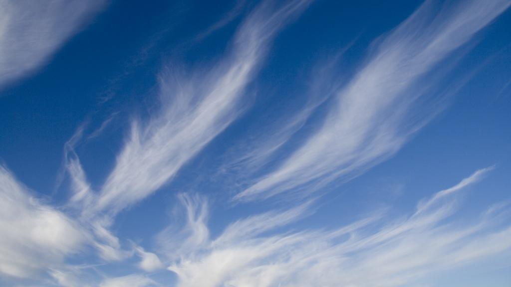Scattered Clouds HD Wallpaper