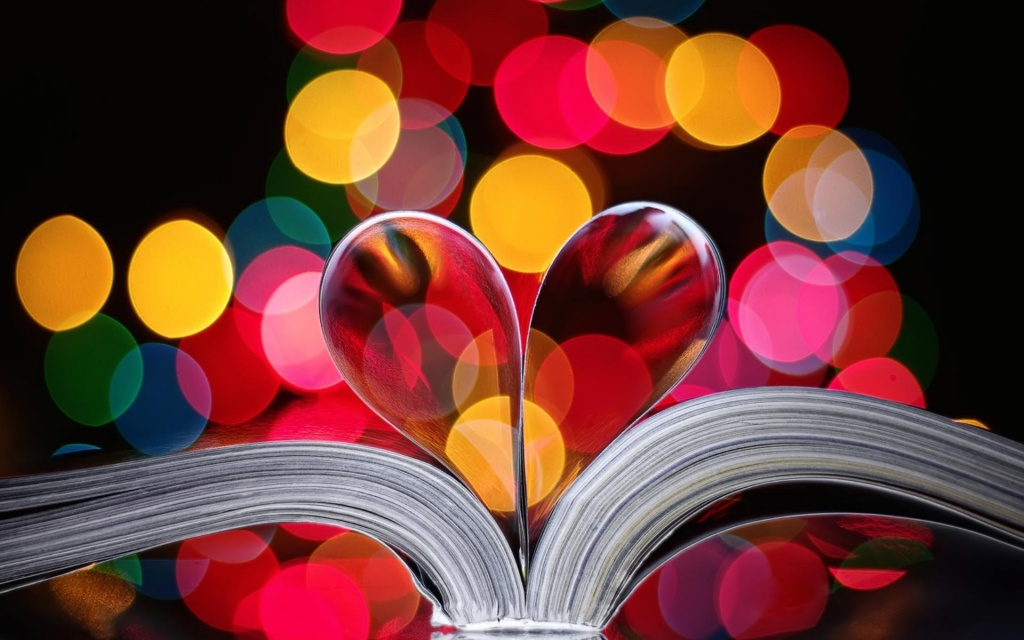 Heart Book Pages HD Wallpaper