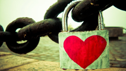 Heart Chain Lock