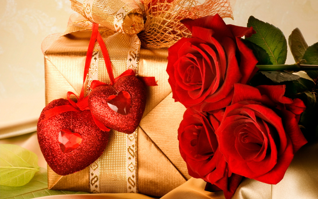 Valentine's Day 2012 Gifts HD Wallpaper