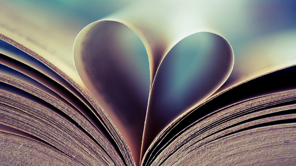 Valentine's Day Book HD Wallpaper